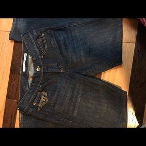 DKNY LUDLOW jeans